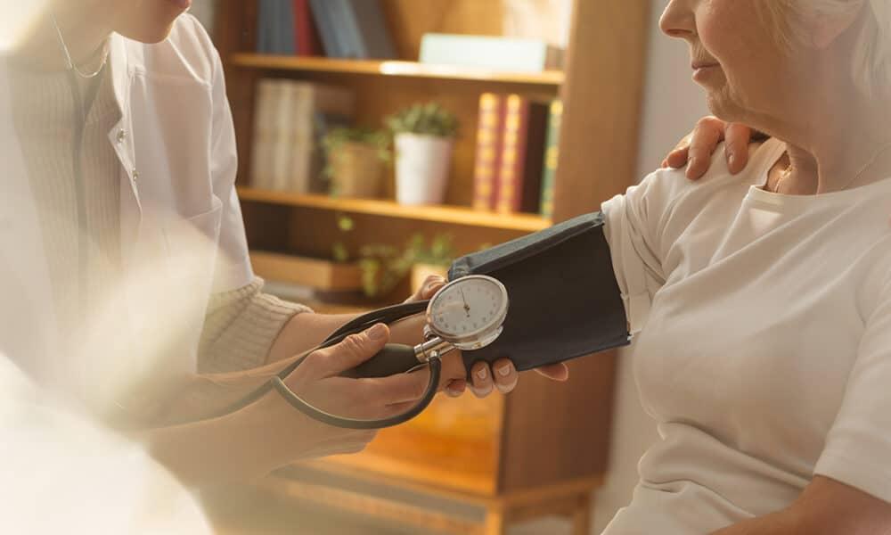 Could Zinc Help Control Blood Pressure?  |  DietDF thumbnail
